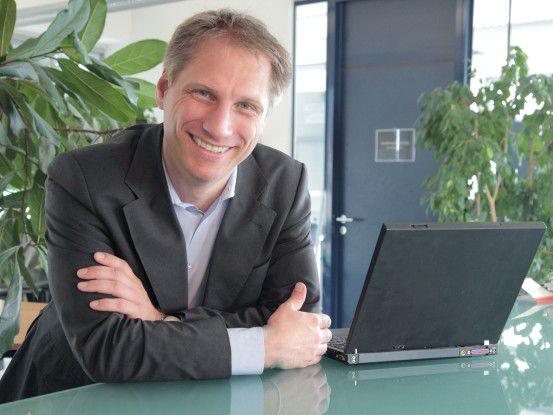 """""""Wir freuen uns darauf, den Stimmen im Netz in Echtzeit zuzuhören"""", sagt CeBIT-Chef Fran Pörschmann."""