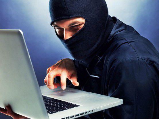 Ein Hacker bei der Arbeit.