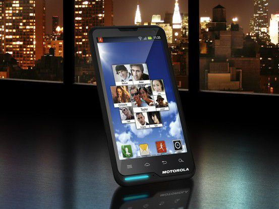 Günstiges Einsteiger-Smartphone: Motorola Motoluxe