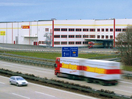 Logistik-Center von Simon Hegele in Karlsdorf