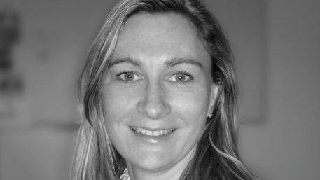 Nicole Mamier, Realtech, rät, sich schon vor der offiziellen Bewerbung telefonisch beim potenziellen neuen Arbeitgeber zu melden.