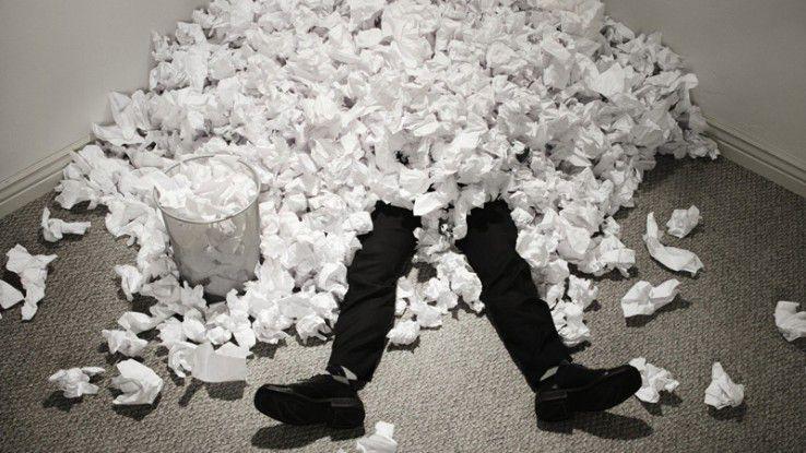 In manchen Unternehmen muss noch hart an der Umsetzung des papierlosen Büros gearbeitet werden.