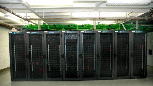 Wärmetauschertüren als Kühlelement sorgen im Demo-Rechenzentrum von eCube an der Frankfurter Goethe-Universität für die richtige Rechnertemperatur.