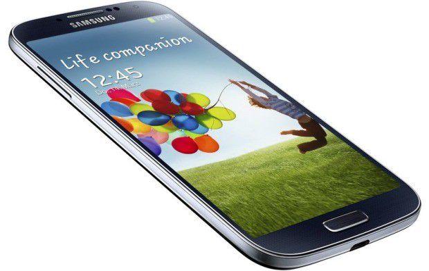 Samsung hat ein Update für sein aktuelle Smartphone-Flaggschiff Galaxy S4 bereitgestellt.