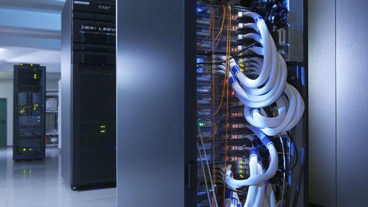 Langfristig will T-Systems mit Hilfe von SDN Router und Switches durch Standardhardware ersetzen.
