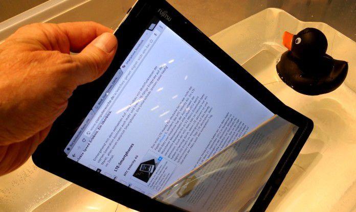 Hier surft der Autor gerade mit dem wasserdichten Business-Tablet Fujitsu Stylistic M702 über 4G LTE auf Computerwoche.de.