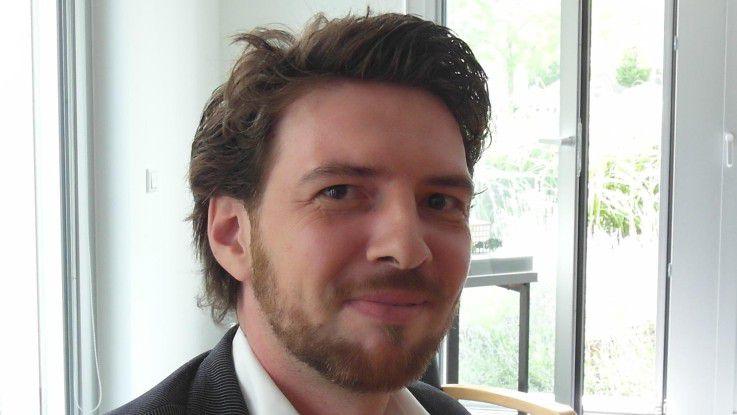 Jürgen Hach (36) wechselte 2011 mit über 1000 Kollegen von Eon IT zu HP. Dort hat er als Account IT Architect eine neue Rolle erhalten: Er vermittelt zwischen der Technik und den Anforderungen des Kunden. Mit Adidas hat er auch einen neuen Kunden bekommen.