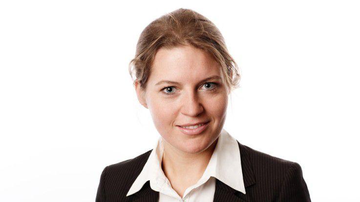 """Anna Denejnaja, Leiterin etracker Academy: """"Ein Web-Analyst sollte über Erfahrungen im Umgang mit Web-Analyse-Software verfügen und wissen, wie Online-Marketing-Kampagnen erfasst und ausgewertet werden""""."""