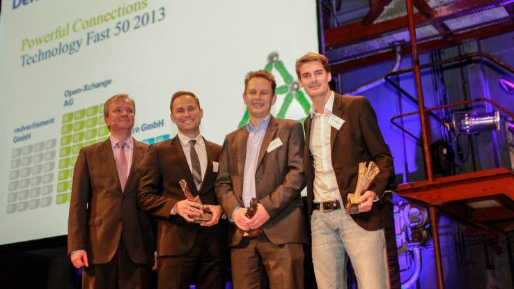 Deloitte-Manager Andreas Andreas Gentner mit den Gewinnern des Technology Fast 50 Awards: Manuel Staiger (IT sure GmbH), Carsten Dirks, Geschäftsführer der Open Xchange AG und Gerrit Kerkmann, COO der redvertisment GmbH. (von links nach rechts).