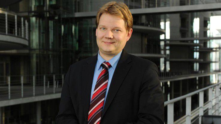 """Sven Volmering, Bundestagabgeordneter, sieht großen Nachholbedarf beim Thema """"Digitale Bildung""""."""
