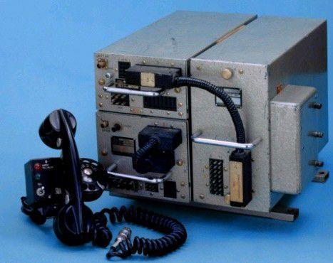 Mit rund 40 Kilogramm war das SRA/Ericsson MTA (Mobile Telephone System A)nur bedingt mobil.