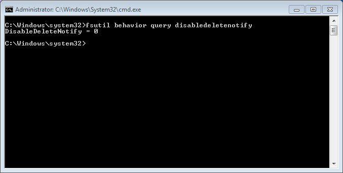 TRIM aktiv: Gibt der Befehl eine 0 zurück, nutzt Windows 7 die TRIM-Funktion für SSD-Festplatten.