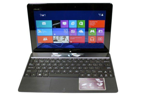 Das Asus VivoTab RT in seiner Docking-Tastatur