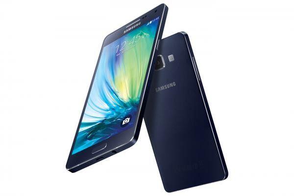 Das Samsung Galaxy A5 ist der Premium-Mittelklasse zuzuordnen.