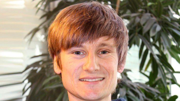 Simon Hirscher entwickelt Software für Industrie 4.0.