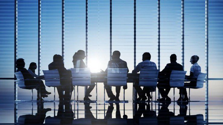 Oft ist es nur ein kleiner Kreis von Mitarbeitern, die über die Hintergründe einer Veränderung im Unternehmen Bescheid wissen.