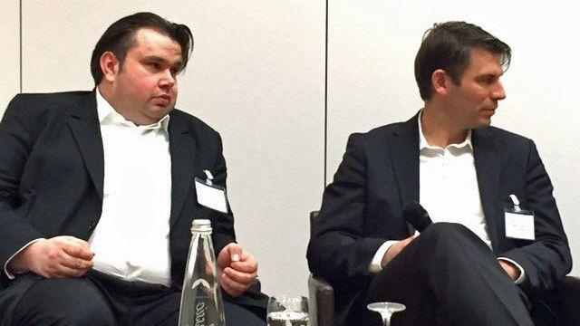 """Axel Oppermann (links), Analyst bei Avispador in Kassel, warnte vor """"brutalen"""" Veränderungen durch die Digitalisierung. Marc Hoffer, Vertriebschef von AvePoint Deutschland, betonte, dass die IT die Kontrolle behalten müsse."""