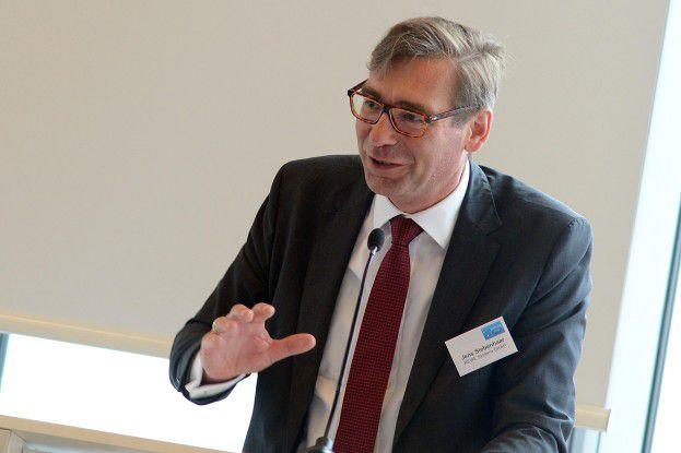 Jens Siebenhaar, Geschäftsführer der Rewe Systems, hielt auf dem Sourcing Day in Köln ein Plädoyer auf Eigenentwicklungen.