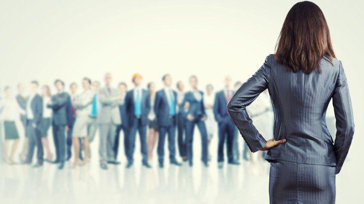 Die Digitalisierung wirkt sich auch auf Führungskräfte aus und zwingt sie, von traditionellen Managementpraktiken abzuweichen.