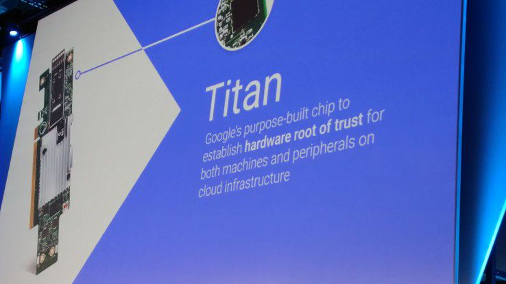 Der von Google entworfene proprietäre Security-Chip Titan soll eine sichere Authentifizierung im Netzwerk gewährleisten.