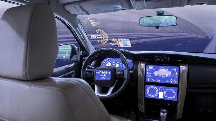 Kein Fahrer im Auto? Viele Konsumenten fürchten sich noch vor dieser Vorstellung.