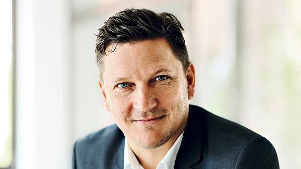Björn Carstensen: Der Vorteil des Mobile Learning ist die Möglichkeit, sich permanent und flexibel mit immer wiederkehrenden Inhalten zu beschäftigen und so eine höhere Wissensfestigung zu erzielen.