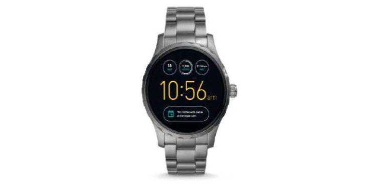 Die Smartwatch Fossil Q Marshal macht optisch einiges her.