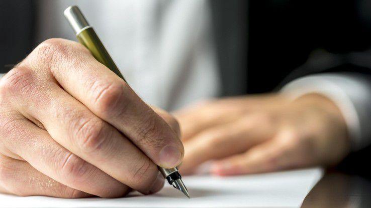 Der Zeugnisantrag sollte im Zweifel auf dem schriftlichen Wege erfolgen.