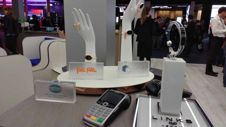 Als passives IoT-Device mit integriertem Token kann auch Schmuck künftig zum Mobile Wallet werden.
