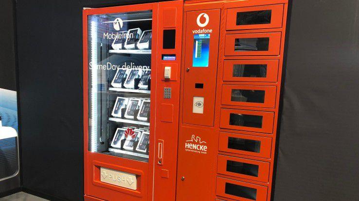 Dieser Verkaufsautomat bietet Smartphones statt Süßigkeiten.
