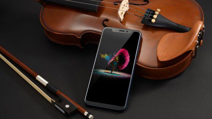 Smartphones mit interessanter aktueller Technik müssen nich über 1.000 Euro kosten - das zeigt ZTE mit seinem neuen Flaggschiff Axon 9 Pro.