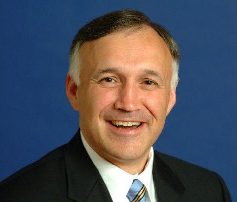 Ron Hovsepian ist neuer Chef von Novell.