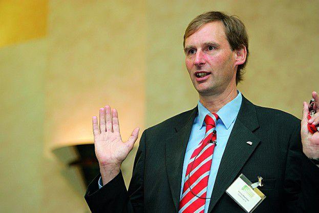 Andreas Wiechmann (DaimlerChrysler) hat einen Bebauungsplan zur Bebauungsplanung in Arbeit.