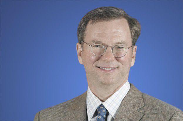 Google-Chef Eric Schmidt drängt die FCC zu einer Open-Access-Auktion für das 700-Mhz-Spektrum.