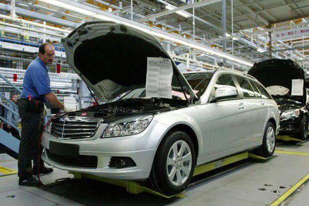 Die Stuttgarter Daimler AG baute schrittweise eine Service-orientierte Architektur für den Vertrieb auf.