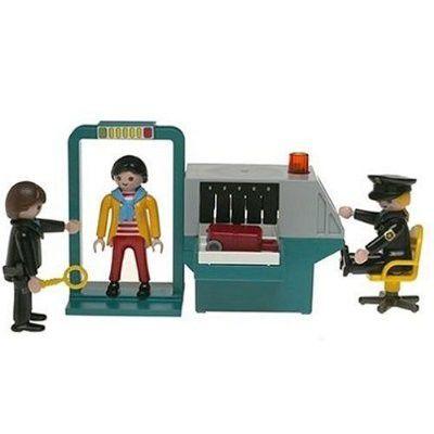 Playmobil-Sicherheitskontrolle: Spielzeug in der Schusslinie.