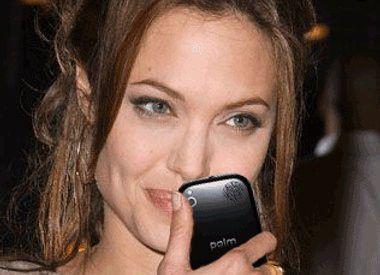 Prominente Beta-Testerin des Palm Pre: Angelina Jolie.