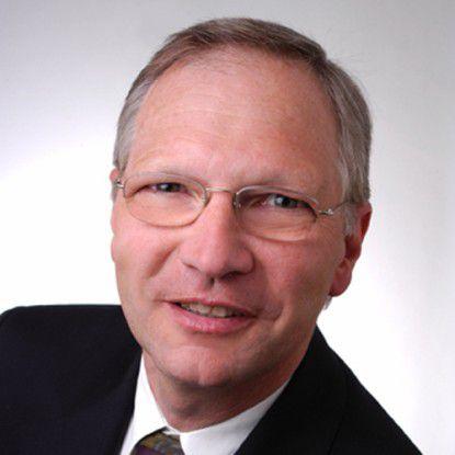 """""""Die wirtschaftlich schwierige Lage beschert Cloud Computing einen extremen Aufschwung"""", so Rüdiger Spies, Independent Vice President Enterprise Applications bei IDC."""