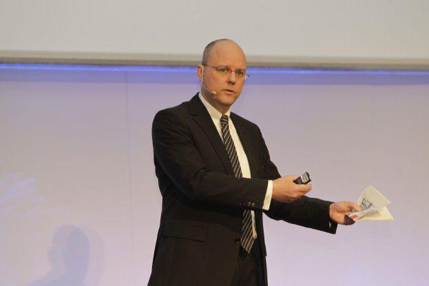 DB-Netz-CIO Holger Ewald auf den Hamburger IT-Strategietagen.