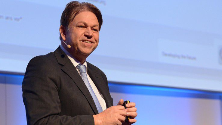 ThyssenKrupp-Konzern-CIO Klaus-Hardy Mühleck auf den Hamburger IT-Strategietagen.