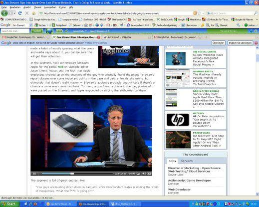 Kabarettist Jon Stewart macht sich in seiner Late Night Show über Apple lustig.