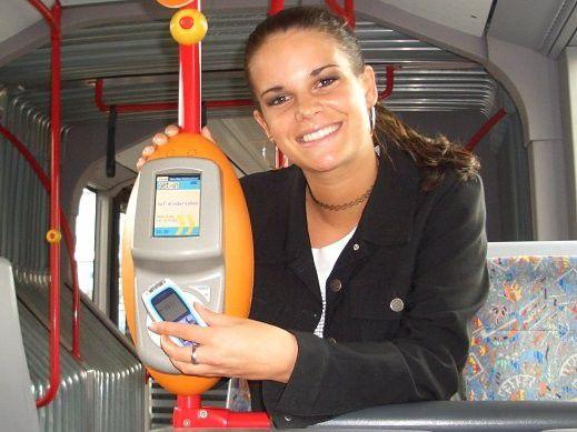 Zum Thema Mobile Payment gab es bereits zahlreiche Anläufe - etwa das Projekt Handy-Ticket des Rhein-Main-Verkehrsverbunds.