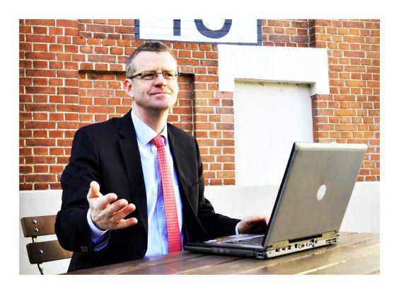 Uwe Kalmer, SAP-Berater bei Itelligence, war auf sich allein gestellt: Niemand konnte sich erklären, warum plötzlich für 20.000 Arbeitspläne die Stücklisten fehlten.