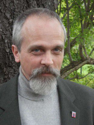 """""""Mit der alten Lösung konnten wir zentrale Daten der Holzverarbeitung und Kundeninformationen nicht mehr zeitgerecht verarbeiten"""", sagt Stephan Karger, Sachgebietsleiter Fachverfahren und Datenbanken beim Landesbetrieb Hessen-Forst."""