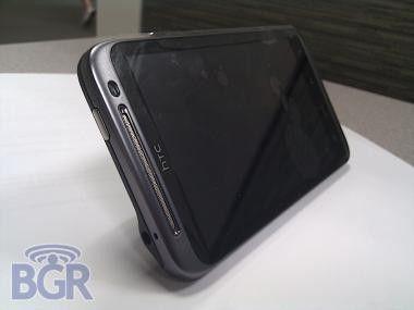 HTC Scorpion: Erste Fotos vom 1,5-Gigahertz-Smartphone? Foto: Boy Genius Report