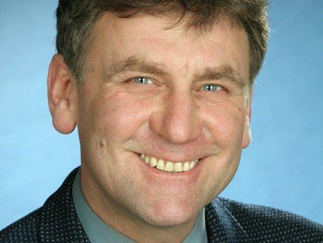 Berater Bernhard Kuntz rät dazu, potenzielle Kunden direkt anzusprechen.