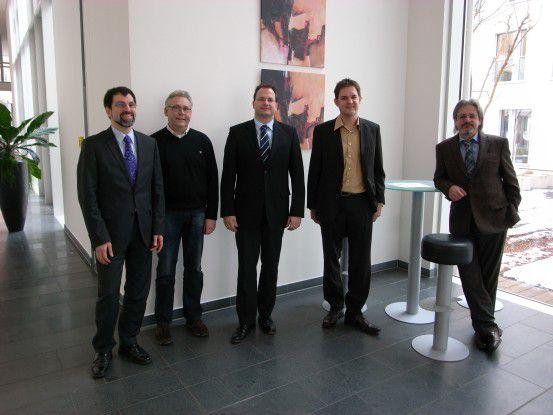 Die CRM-Champions (von links): Hans-Jürgen Dietrich, Peter Herrmann, Dennis Bushuven, Manfred Feger und Thomas Eichler.
