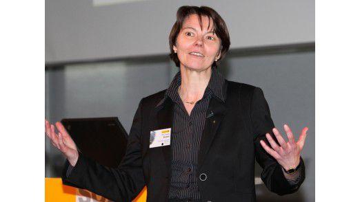Claudia Eckert sieht in Cloud-Services die logische Weiterentwicklung der Web-Service-Technologie.