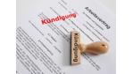 Rechtsstreit um Kündigungsfrist: Der dreiseitige Arbeitsvertrag - Foto: Fotolia, Kautz15