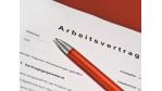 Eigenschaften und Tücken: Was Sie vom Arbeitsvertrag wissen sollten - Foto: Fotolia, Pixelot